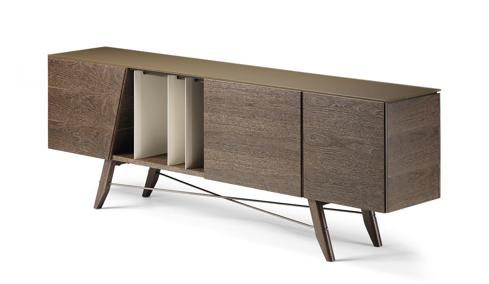 Madie mobili bassi per contenere cose di casa - Gambe mobili anni 50 ...