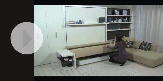 Soggiorno trasformabile in camera un video con tante for Mobili salvaspazio soggiorno
