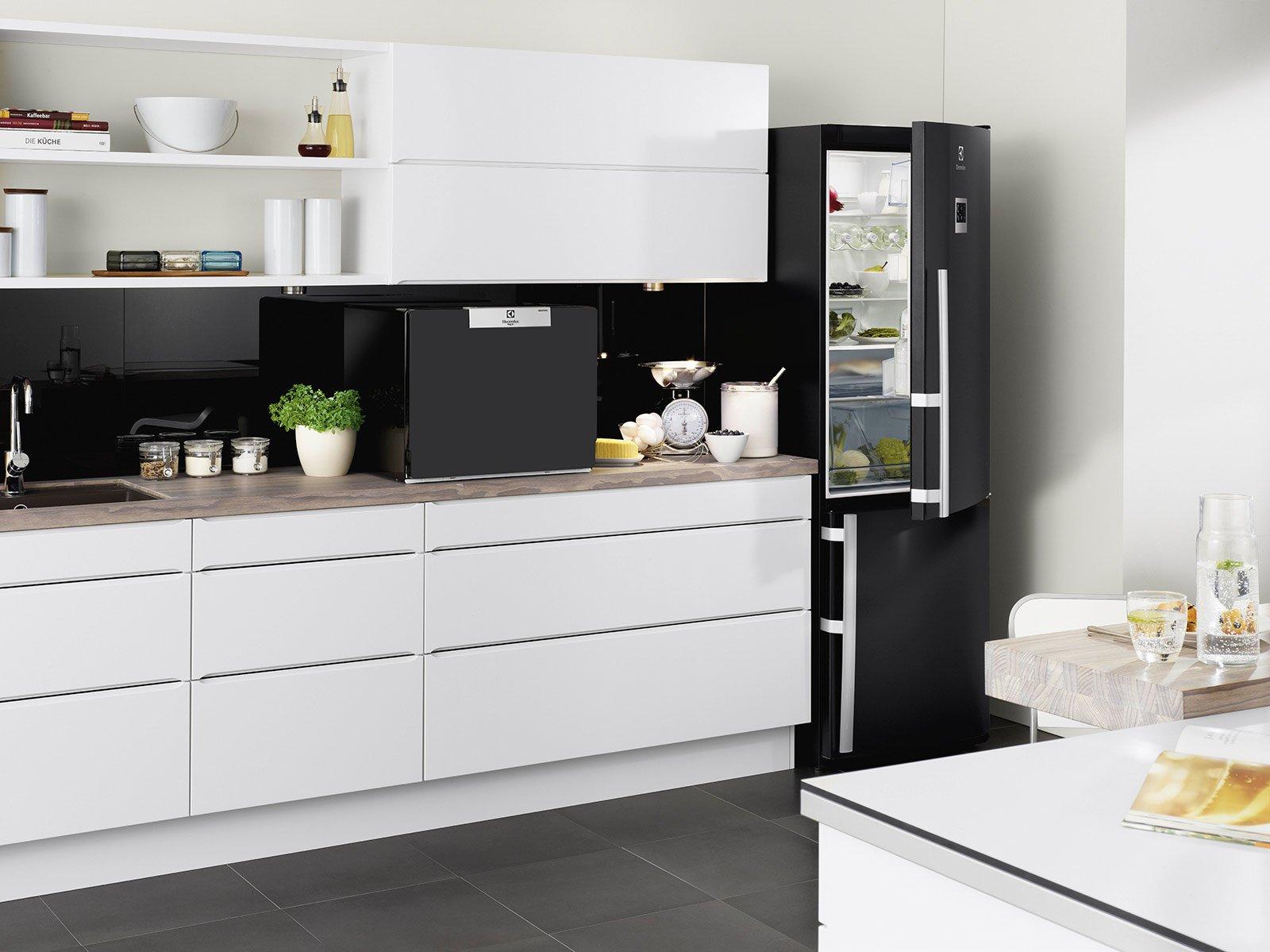 Elettrodomestici piccoli per risparmiare spazio cose di casa - Cucine con lavatrice ...