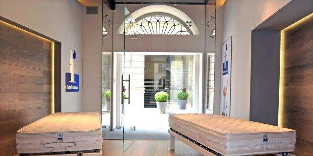 Showroom Materassi Milano.Fabricatore Il Primo Showroom A Milano Cose Di Casa