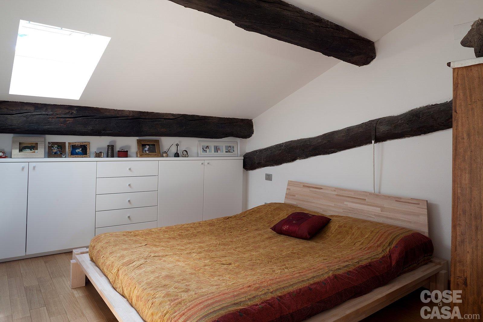 Come Arredare Una Camera Da Letto Stretta : Una casa stretta e lunga che ottimizza lo spazio cose di casa