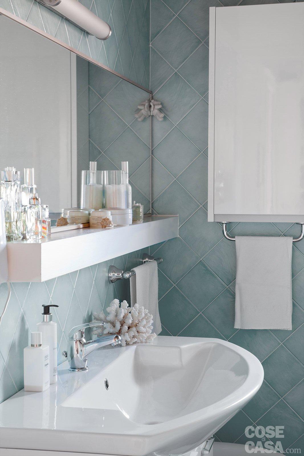 100+ [ bagni colorati moderni ] | interiore blu moderno della ... - Foto Bagni Moderni Piccoli