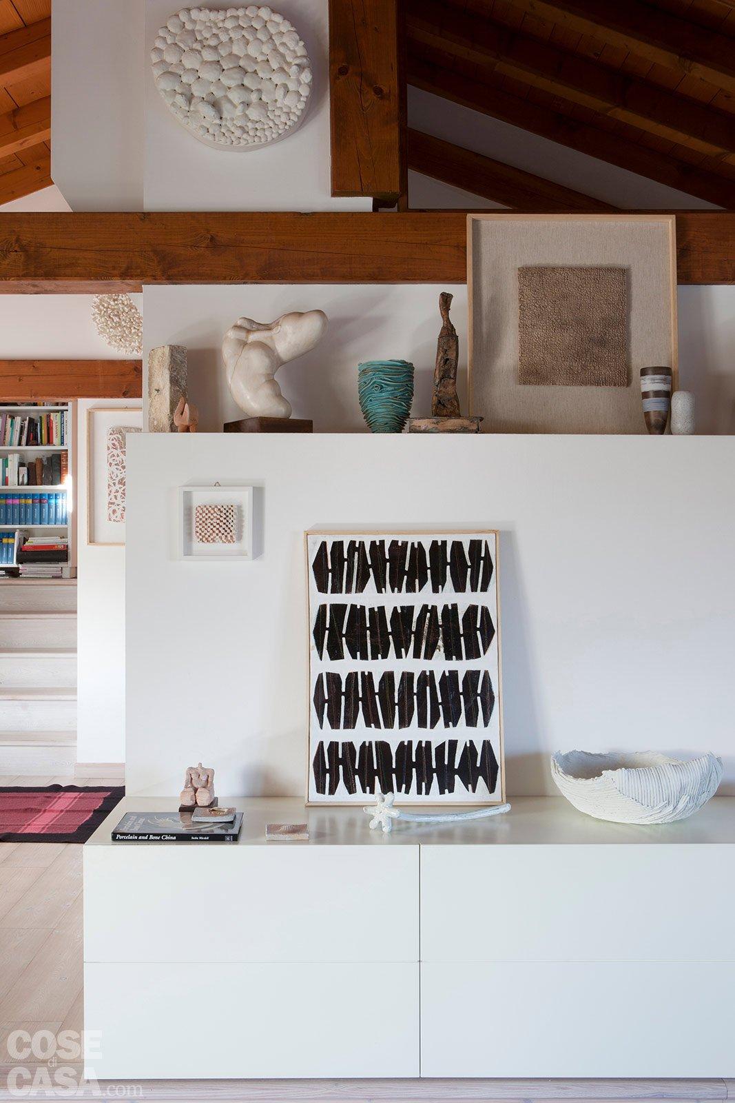 L 39 ex cascina diventa casa cose di casa for Salotto cartongesso