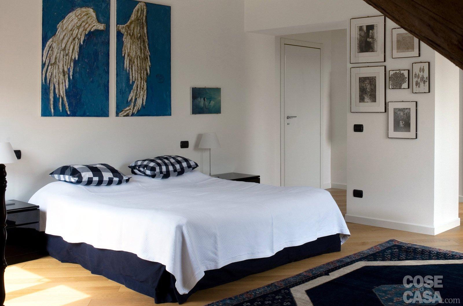 Casabook immobiliare sottotetto una casa con travi a vista - Pilastro portante ...