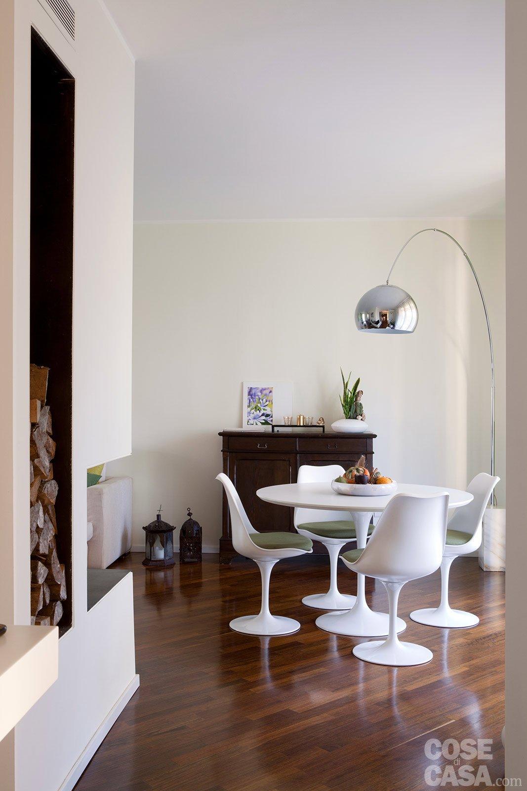 Casa pi vivibile dopo la ristrutturazione cose di casa for Tavolo e sedie per soggiorno