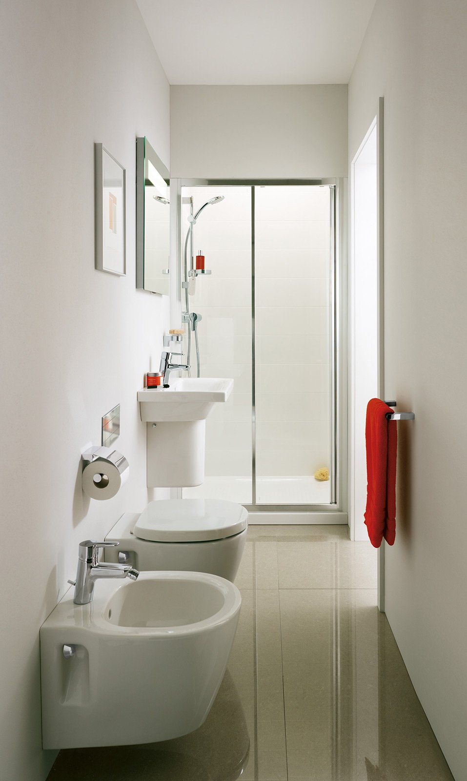 Bagno piccolo soluzioni piccole cose di casa for Arredare bagno piccolo con lavatrice