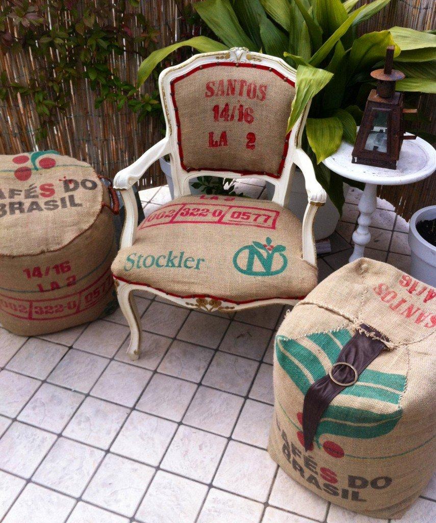 Poltroncina e pouf con rivestimento di recupero cose di casa for Sacchi poltrone