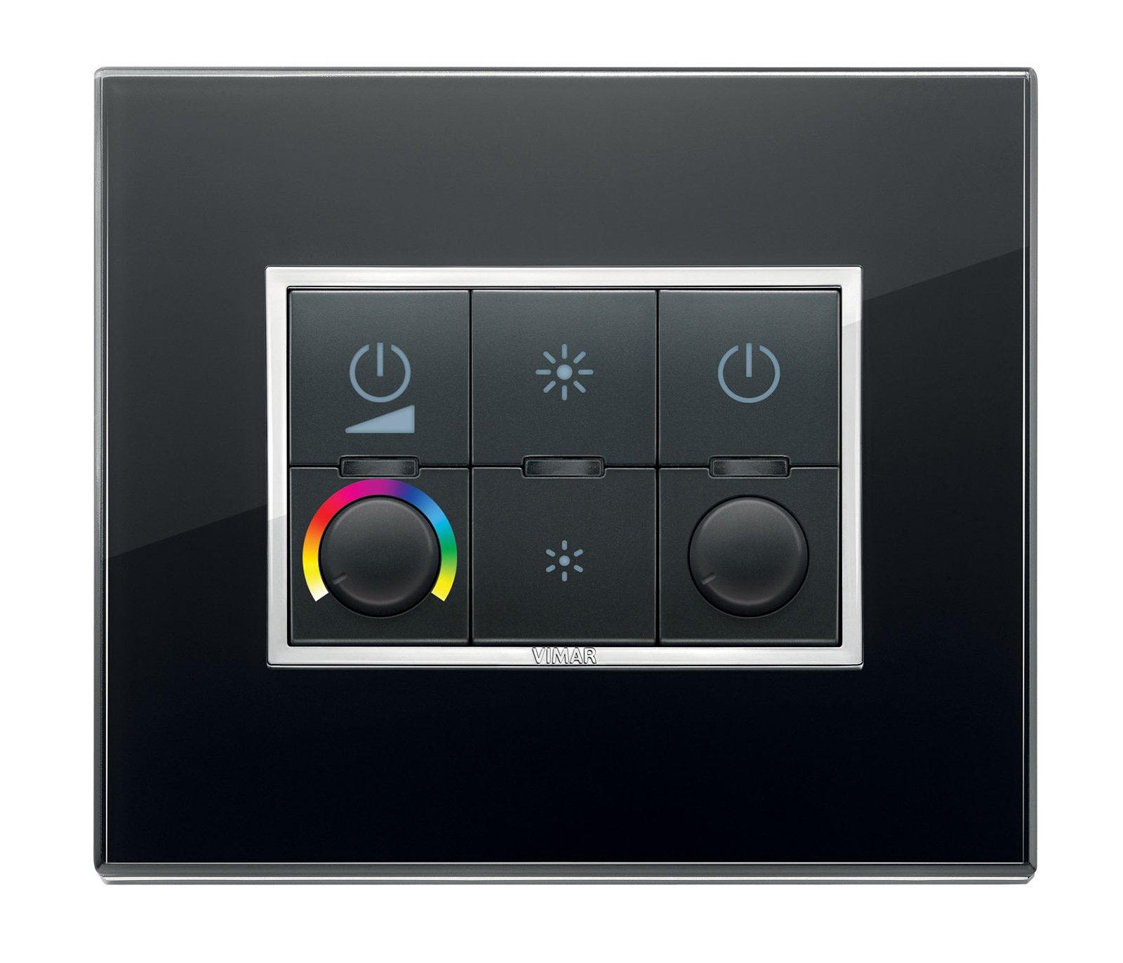 Sistemi domotici ora anche per combinare luci colori e - Luci per la casa ...