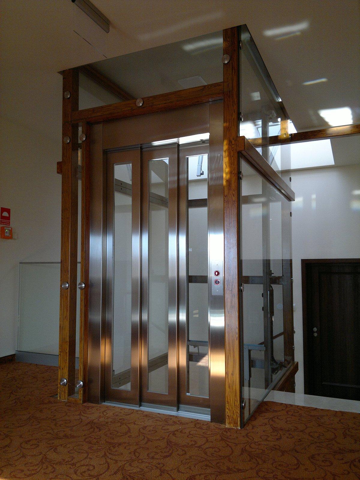 L 39 ascensore oleodinamico o idraulico cose di casa for Come costruire l ascensore di casa