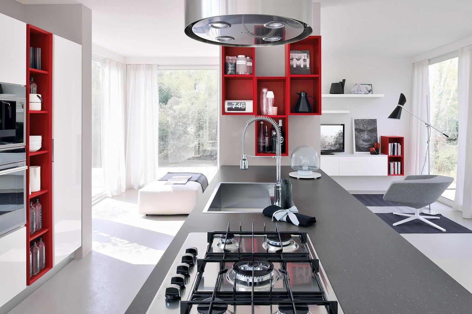 Cucina che moduli scelgo per la dispensa cose di casa - Cucine a giorno ...