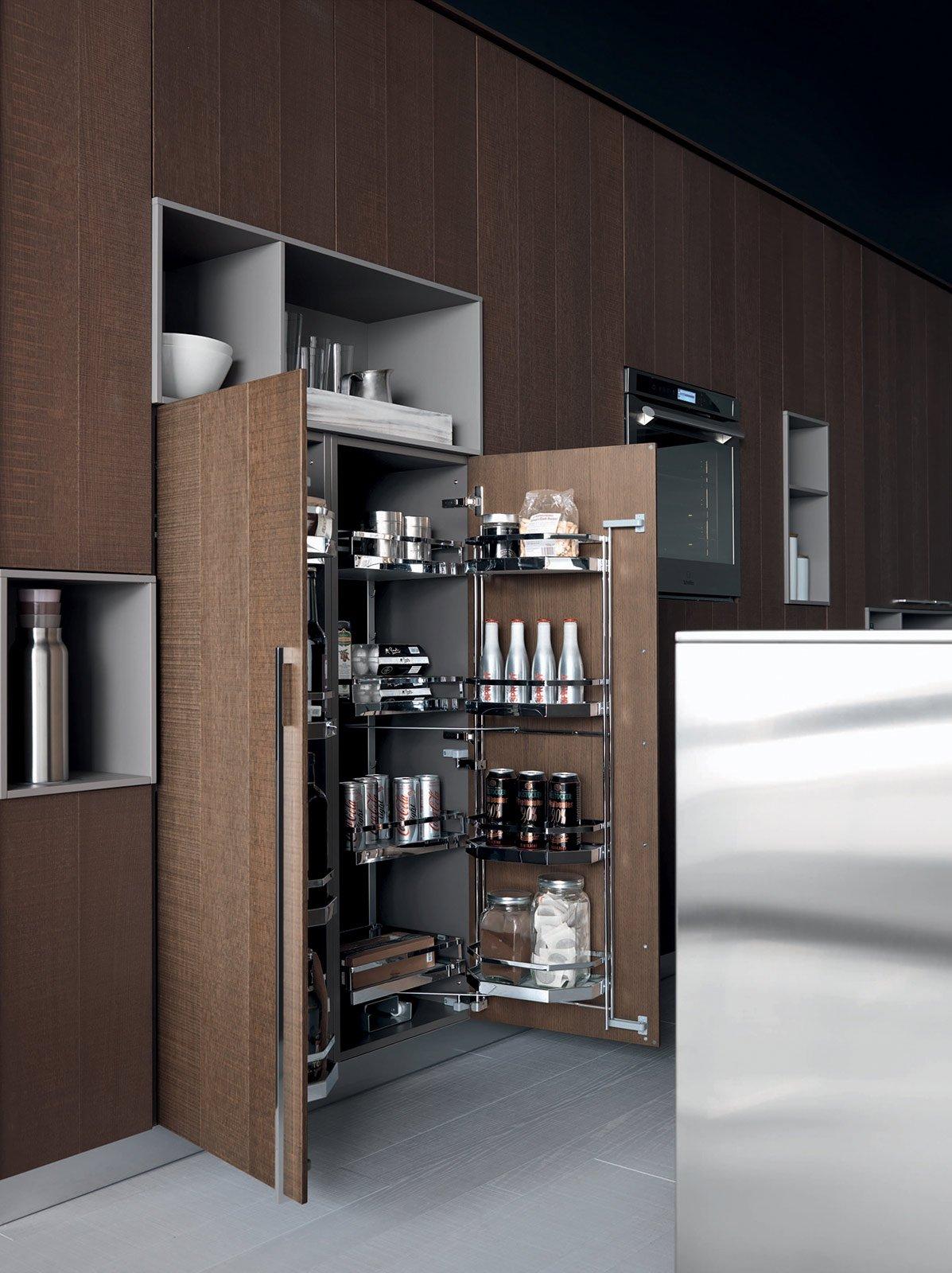 Cucina che moduli scelgo per la dispensa cose di casa - Dispense per cucina ...