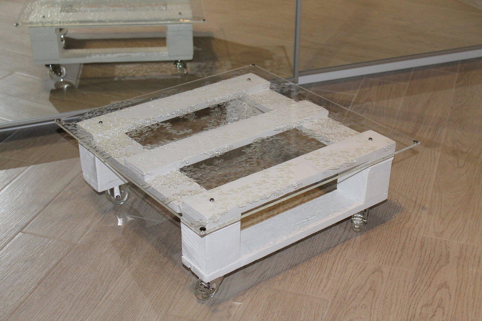 Tavolini in legno di riciclo su ruote cose di casa - Mobili con bancali in legno ...