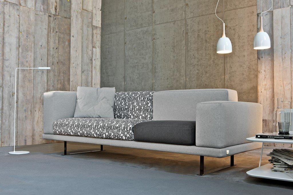Il divano lo monti tu e risparmi cose di casa - Divano low cost ...