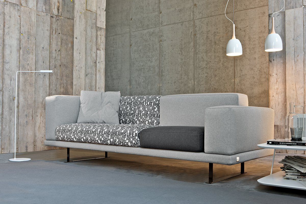 Il divano lo monti tu e risparmi cose di casa for Moderni minuscoli kit di case
