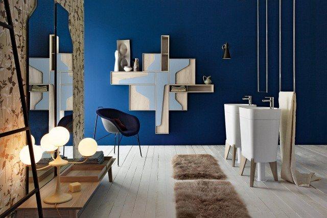 Il portasciugamani a soffitto di Cerasa in acciaio inox è disponibile in un'altezza massima di 170 cm e in due larghezze, 40 o 65 cm. Nella larghezza di 40 cm il prezzo è 275 euro. www.cerasa.it