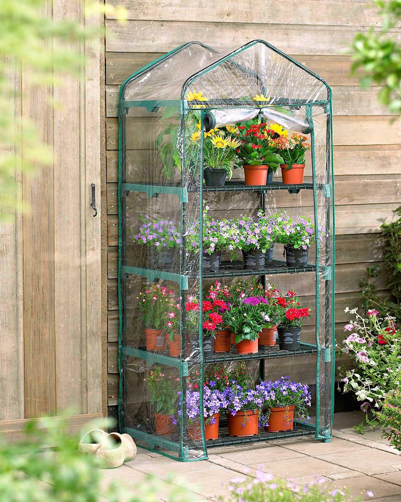Proteggere le piante dal freddo serre e serrette cose - Serre per terrazzi ...