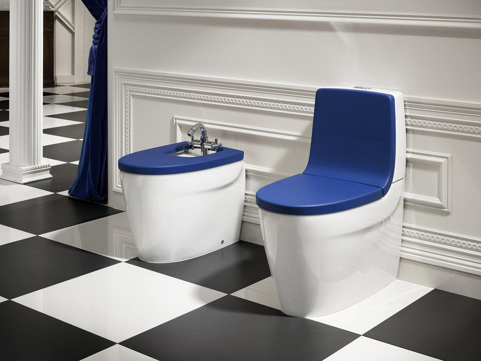 Bagno blu un classico reso attuale cose di casa for Ceramica roca