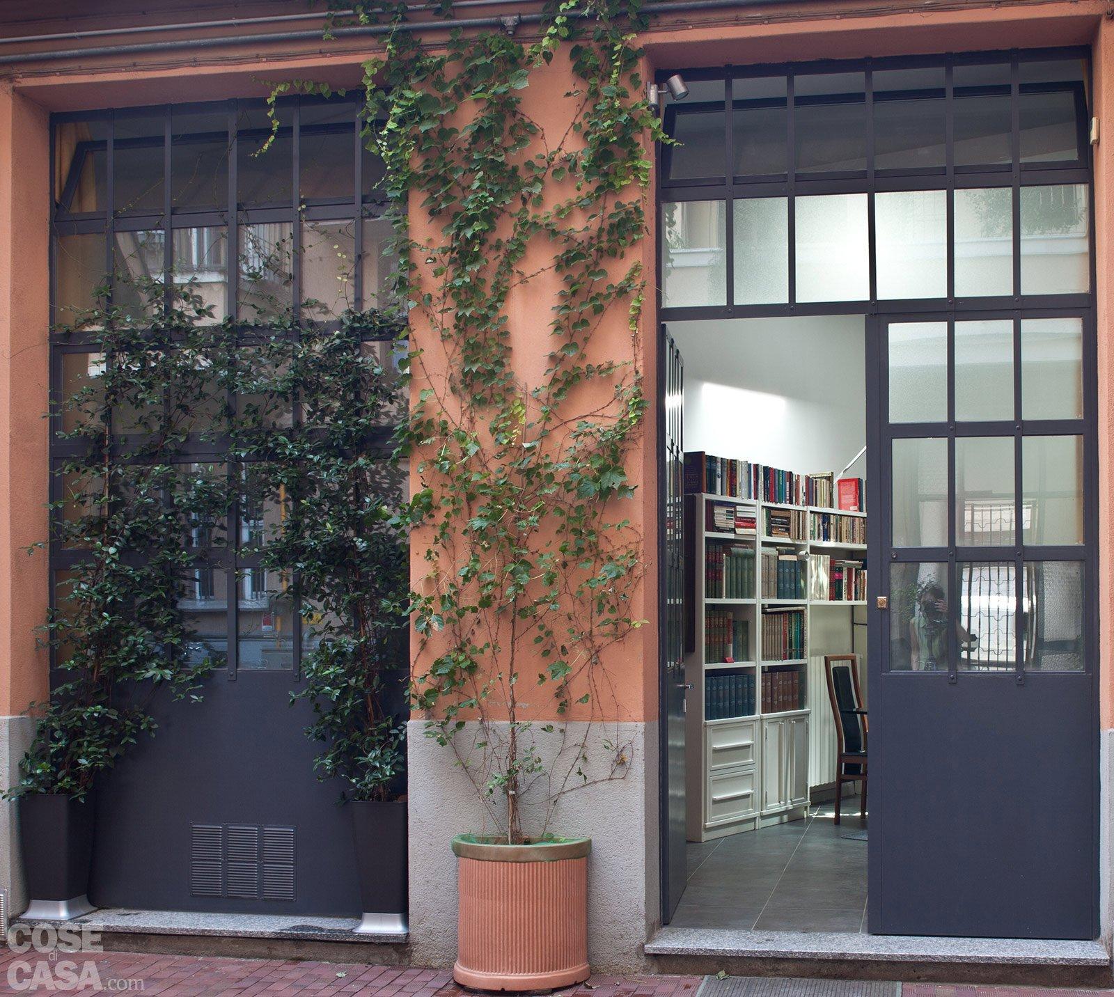 Casabook immobiliare loft una casa rinnovata con tante idee - Ingresso casa esterno ...