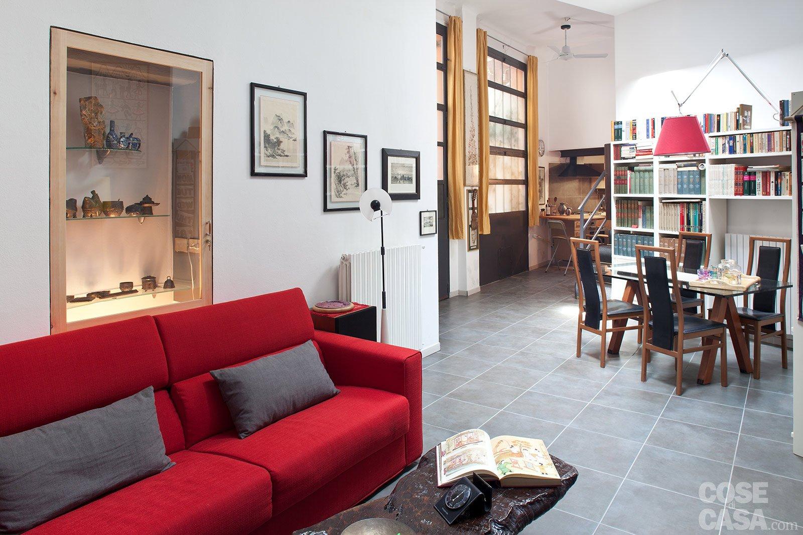 Casabook immobiliare loft una casa rinnovata con tante idee for Progetto di casa loft