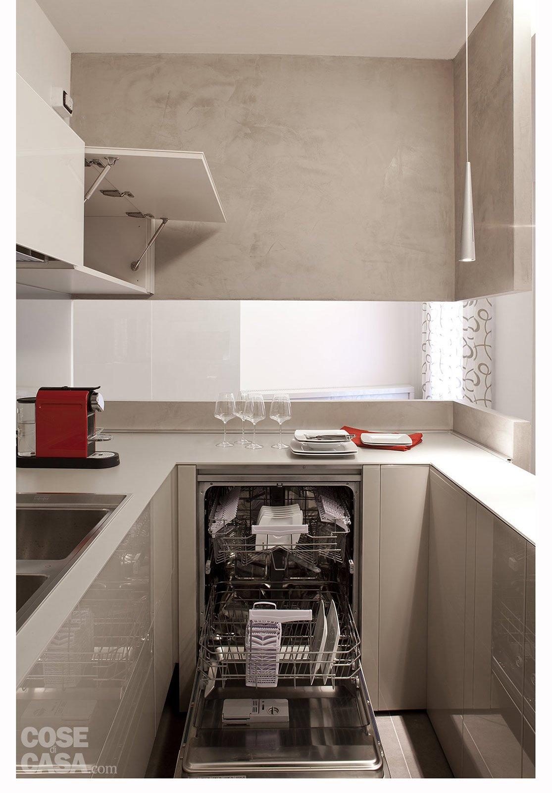 La Parte Di Composizione A Penisola Aumenta La Disponibilità Di Vani  #A23329 1115 1600 Cucine Moderne A U