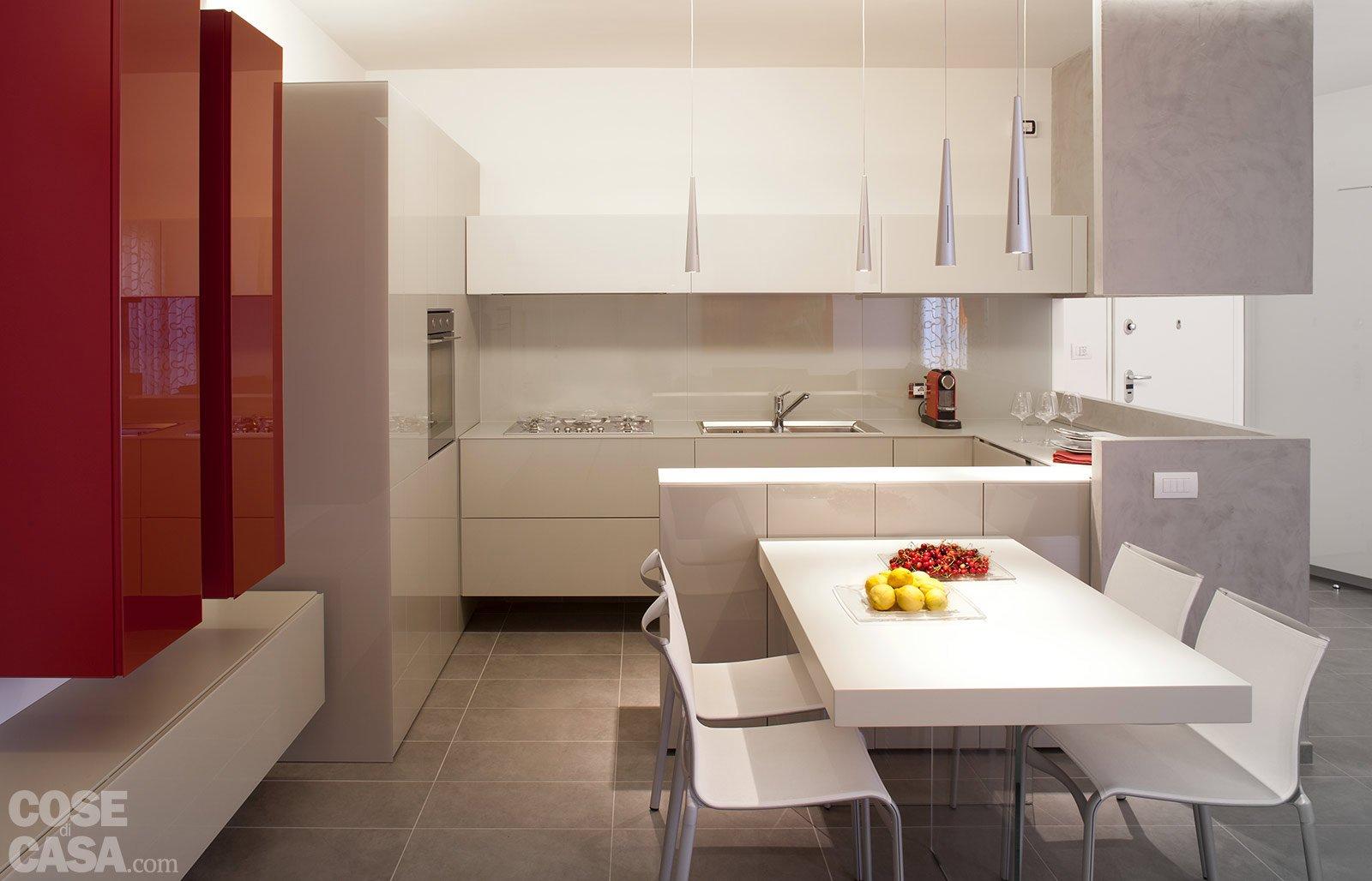 85 Mq: Una Casa Per Una Famiglia Giovane Cose Di Casa #BC980F 1600 1028 Come Arredare Cucina Soggiorno Rustica