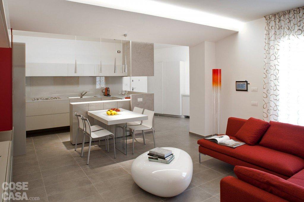 85 mq una casa per una famiglia giovane cose di casa for Decorazione entrata casa