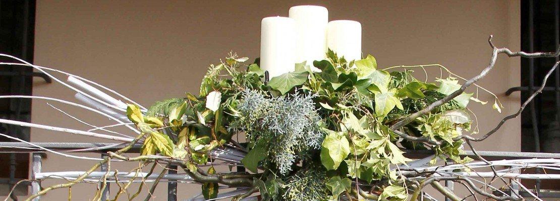 Decorazione natalizia per il balcone cose di casa for Tutto per il balcone