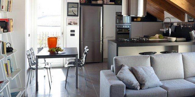 90+10 mq per una casa sottotetto che sfrutta bene gli spazi