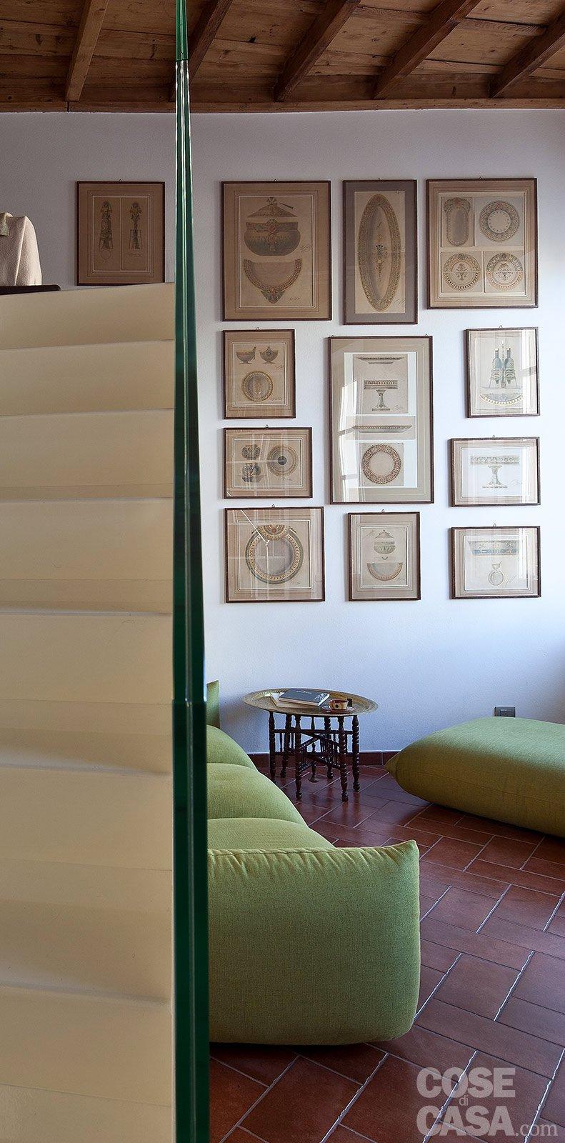 Un monolocale ampliato in altezza cose di casa - Scala soggiorno ...