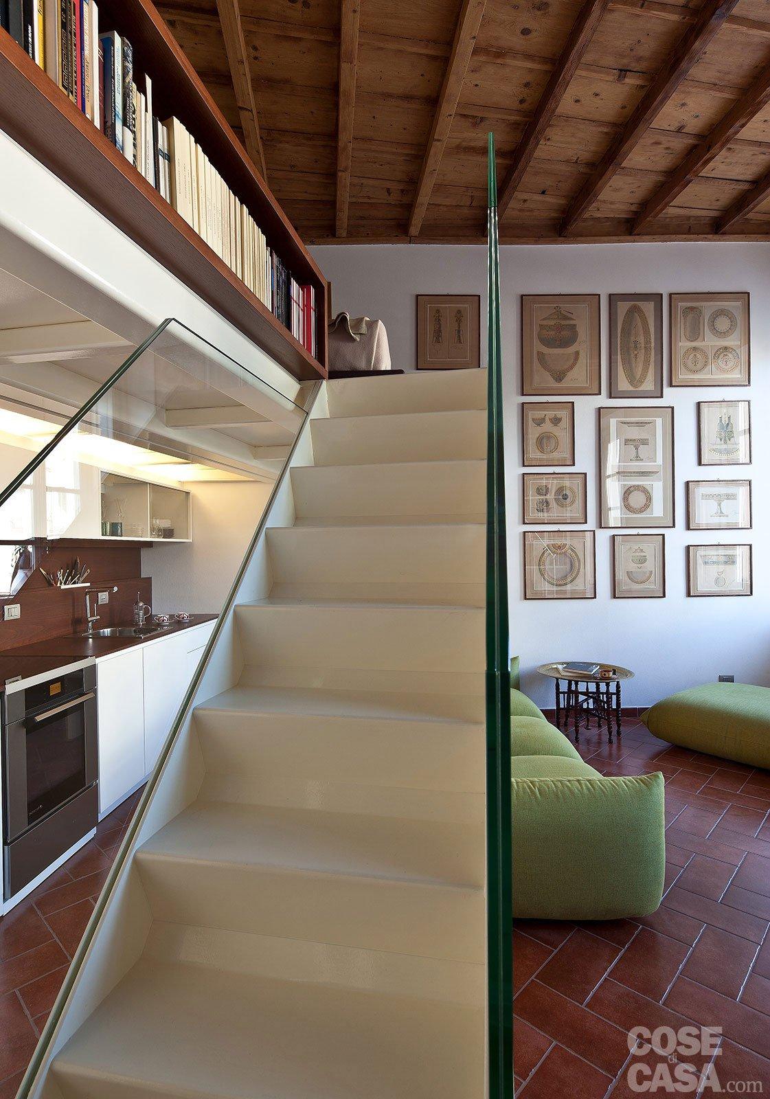 Un monolocale ampliato in altezza cose di casa - Scale di casa ...