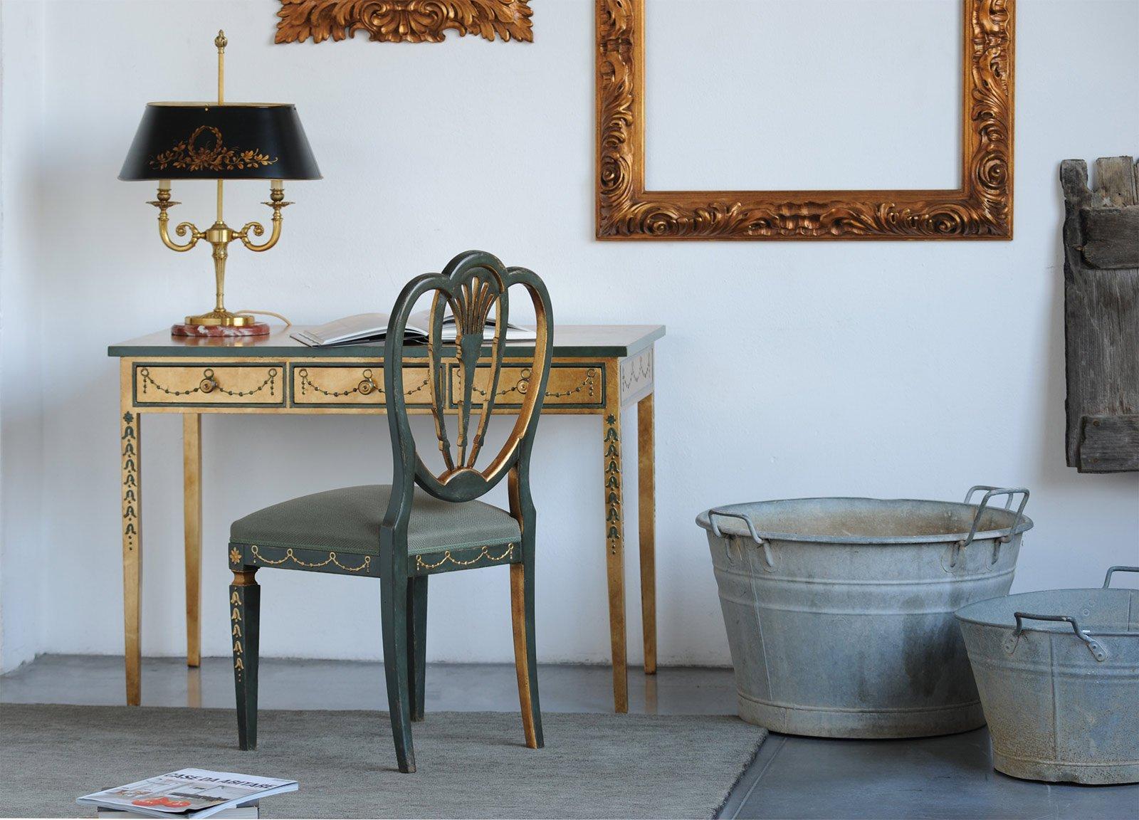 Pareti cucina verde salvia : Salotto verde scuro: colori pareti soggiorno soluzioni moderne