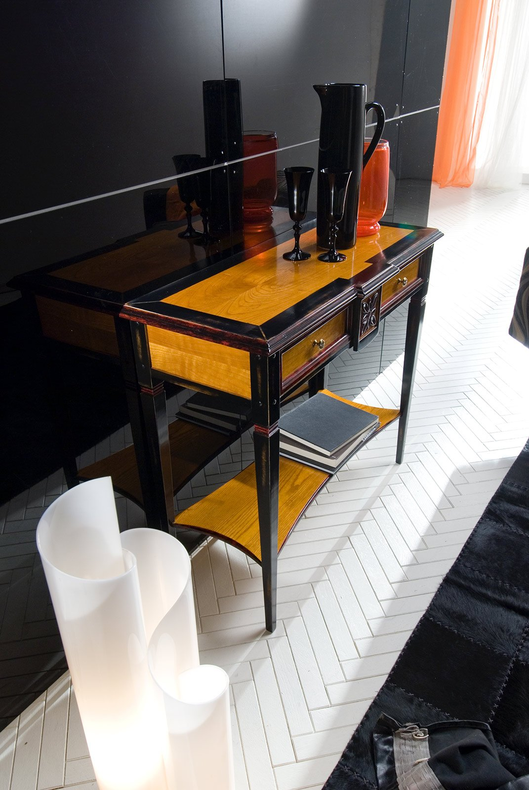 Hai poco spazio scegli la console cose di casa for Piani di casa con stanza della torre