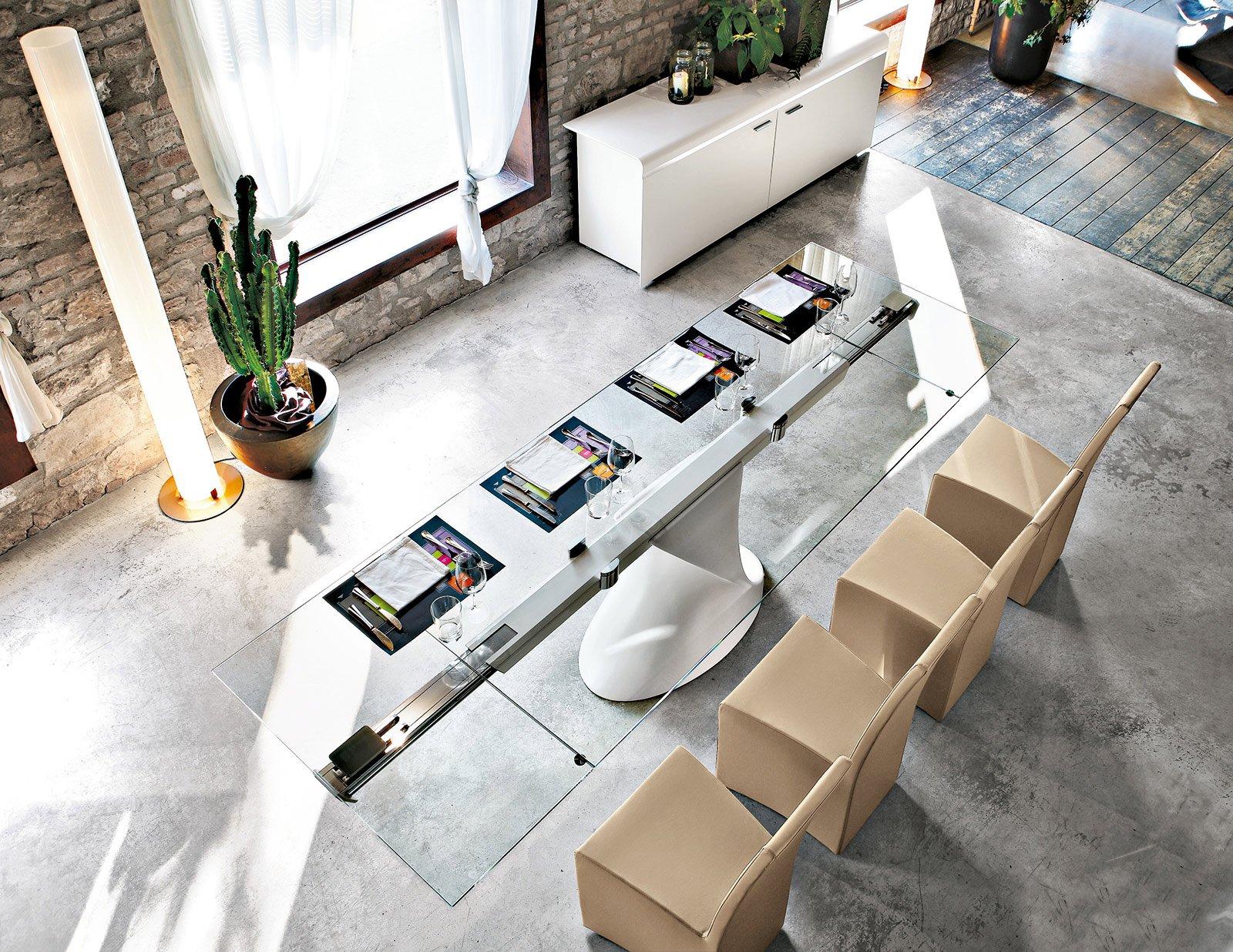 Tavolo Quadrato Allungabile 12 Posti.Tavoli Maxi Per Arredare La Zona Pranzo Cose Di Casa