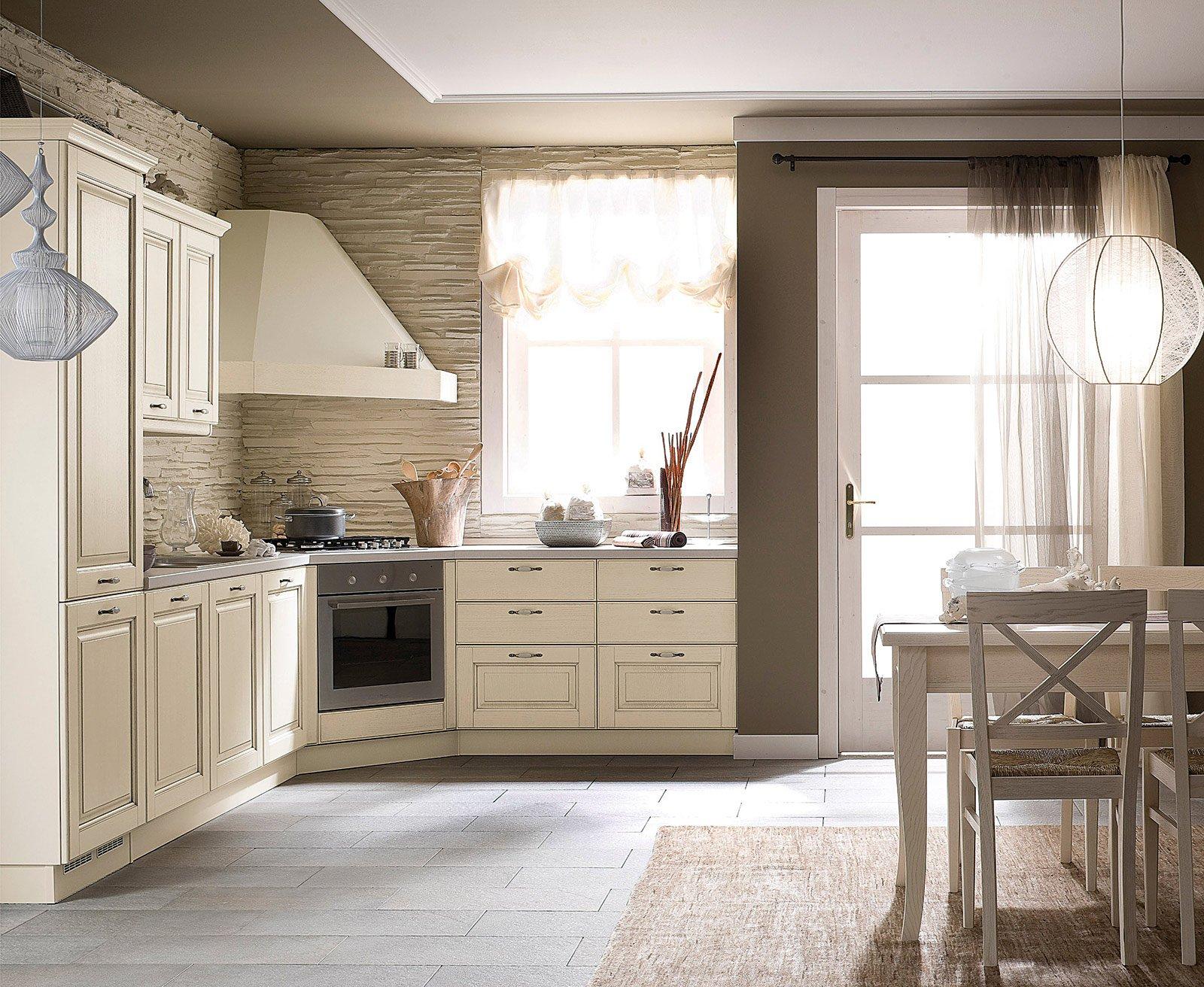 Cucine country stile tradizionale o new classic cose di casa - Cucine con fuochi ad angolo ...