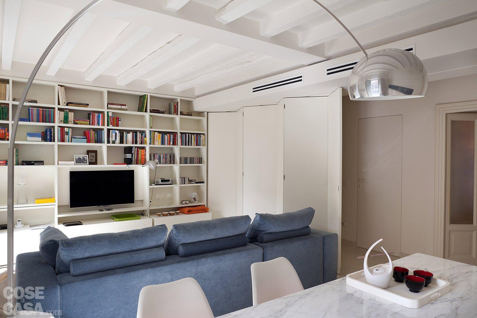 Spazio guadagnato per la casa di 63 mq cose di casa for Immagini di soggiorni