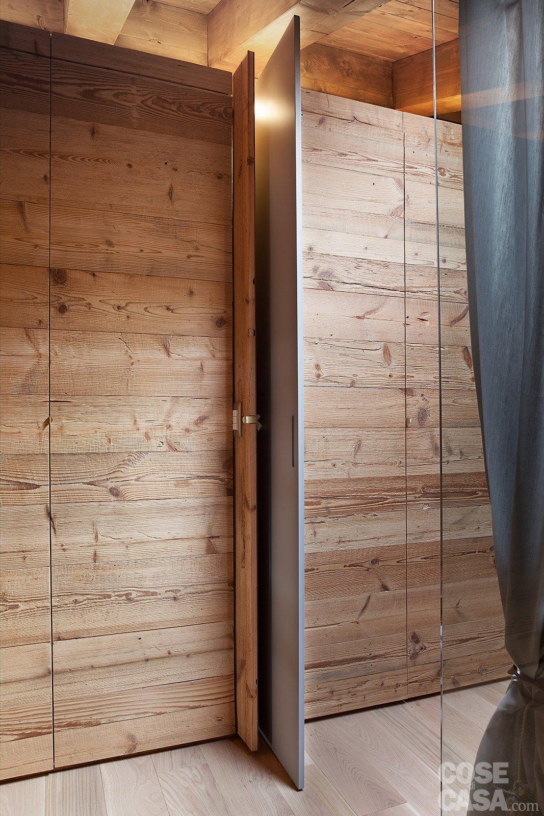 Atmosfera da chalet in una casa moderna cose di casa - Porte per casa moderna ...