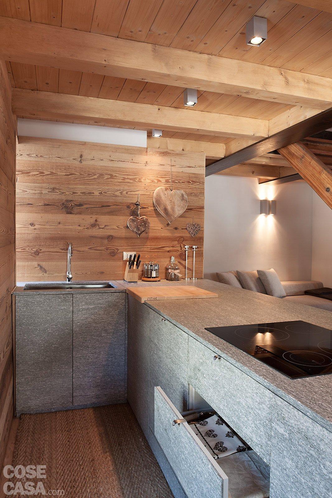 Atmosfera da chalet in una casa moderna cose di casa - Pulire mobili legno cucina ...