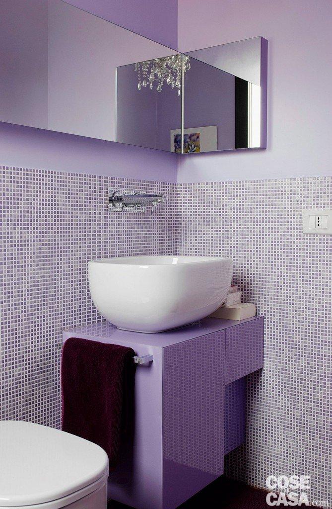 Una casa alla ricerca della luce cose di casa - Mobile bagno lilla ...