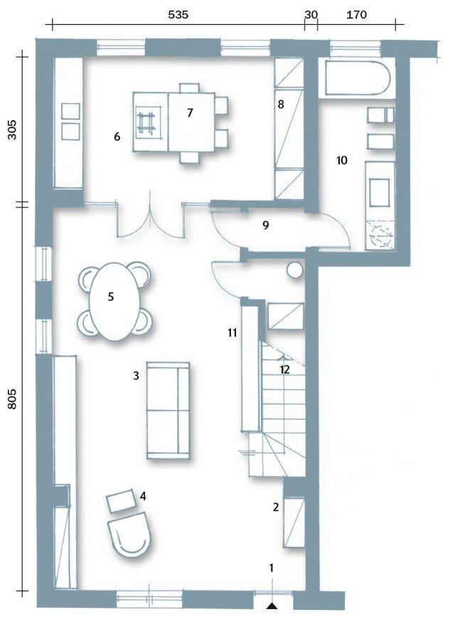 Una casa con zona giorno open space e camera sottotetto ...