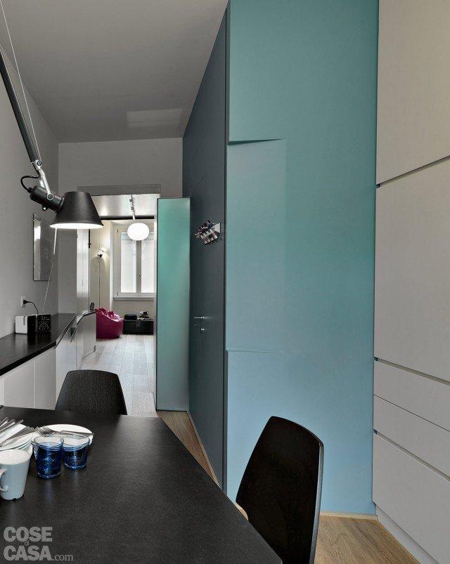 casa-minicazzaniga-pecchio-corridoio-luce