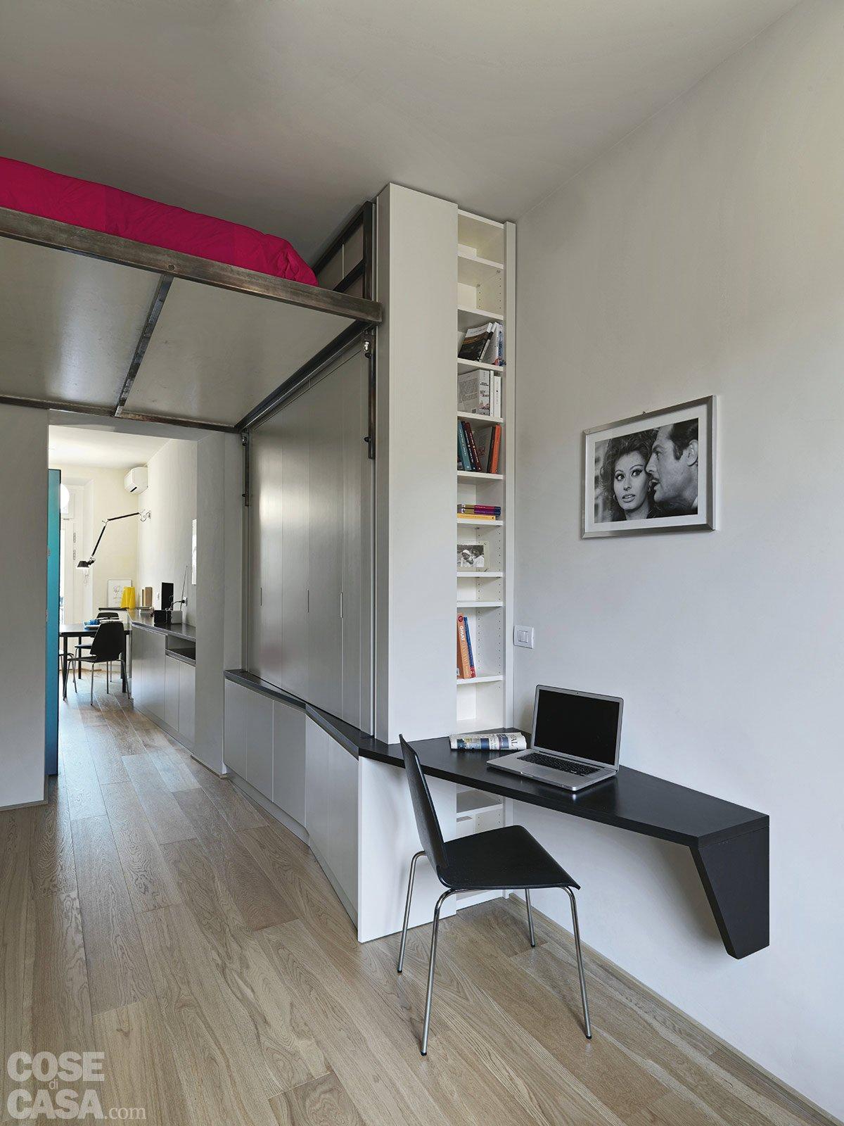 33 mq una casa sfruttata in lunghezza cose di casa - Alzare casa di un piano costi ...