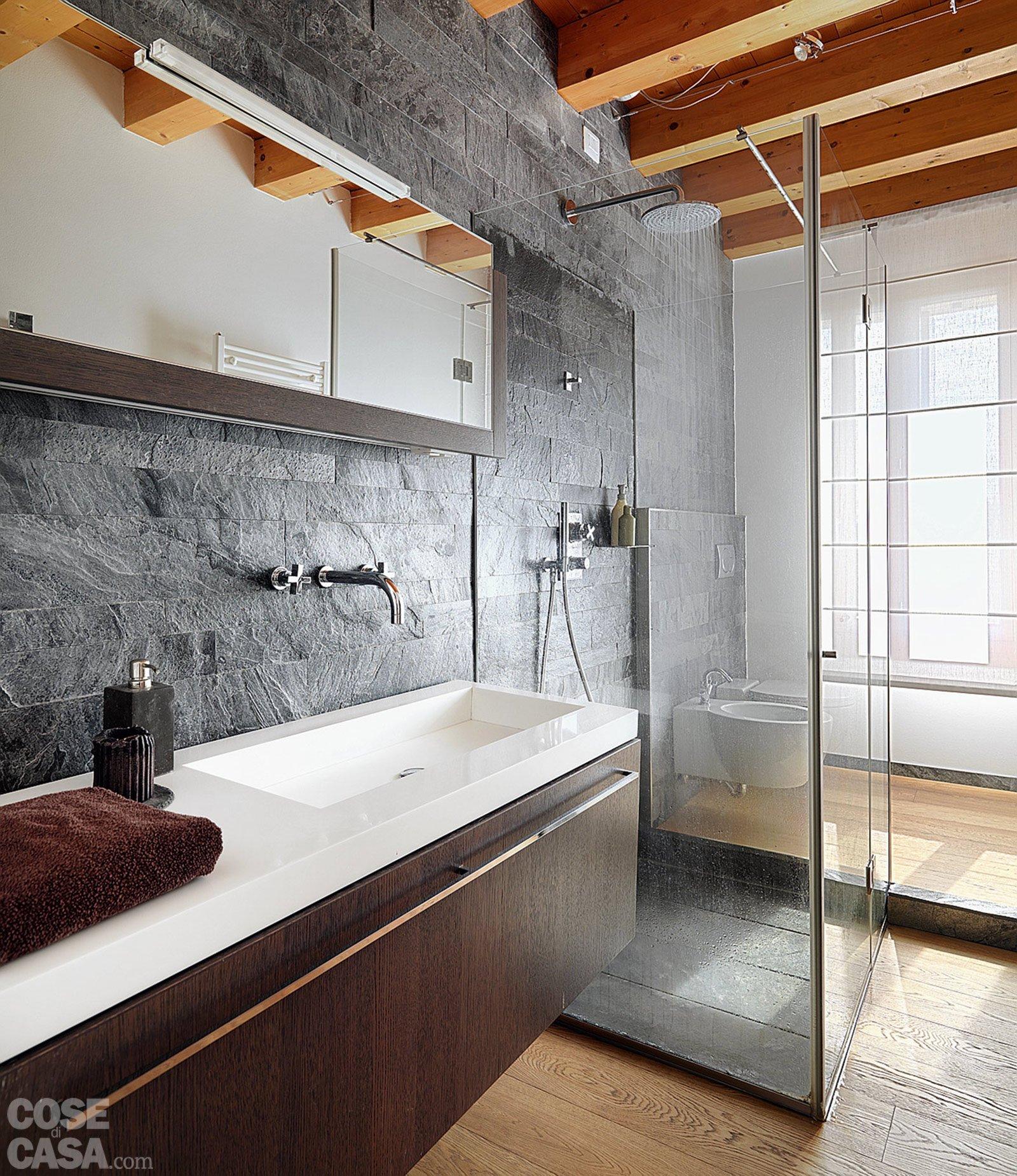 Casa con 10 trucchi 83 mq sembrano pi grandi cose di casa - Finestra interna per bagno cieco ...