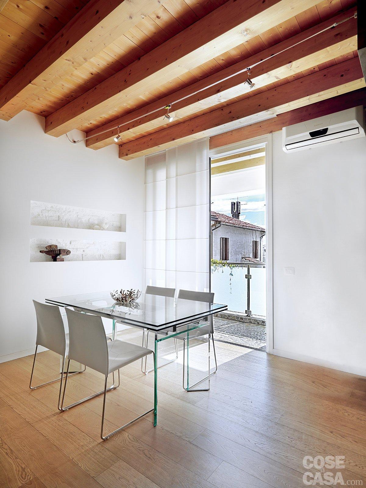 Casa con 10 trucchi 83 mq sembrano pi grandi cose di casa - Dividere una porta finestra ...