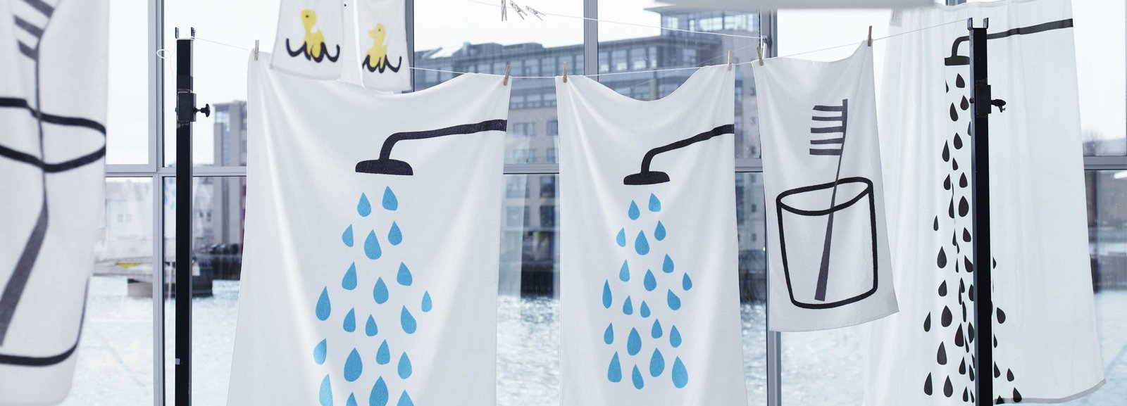 Asciugamani e spugne per il bagno cose di casa - Ikea porta spugne ...