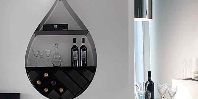 Servire il vino. Come un sommelier
