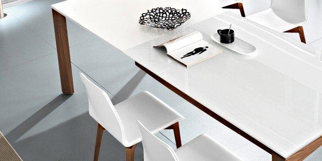 Tavolo Allungabile 12 Persone.Tavoli Maxi Per Arredare La Zona Pranzo Cose Di Casa
