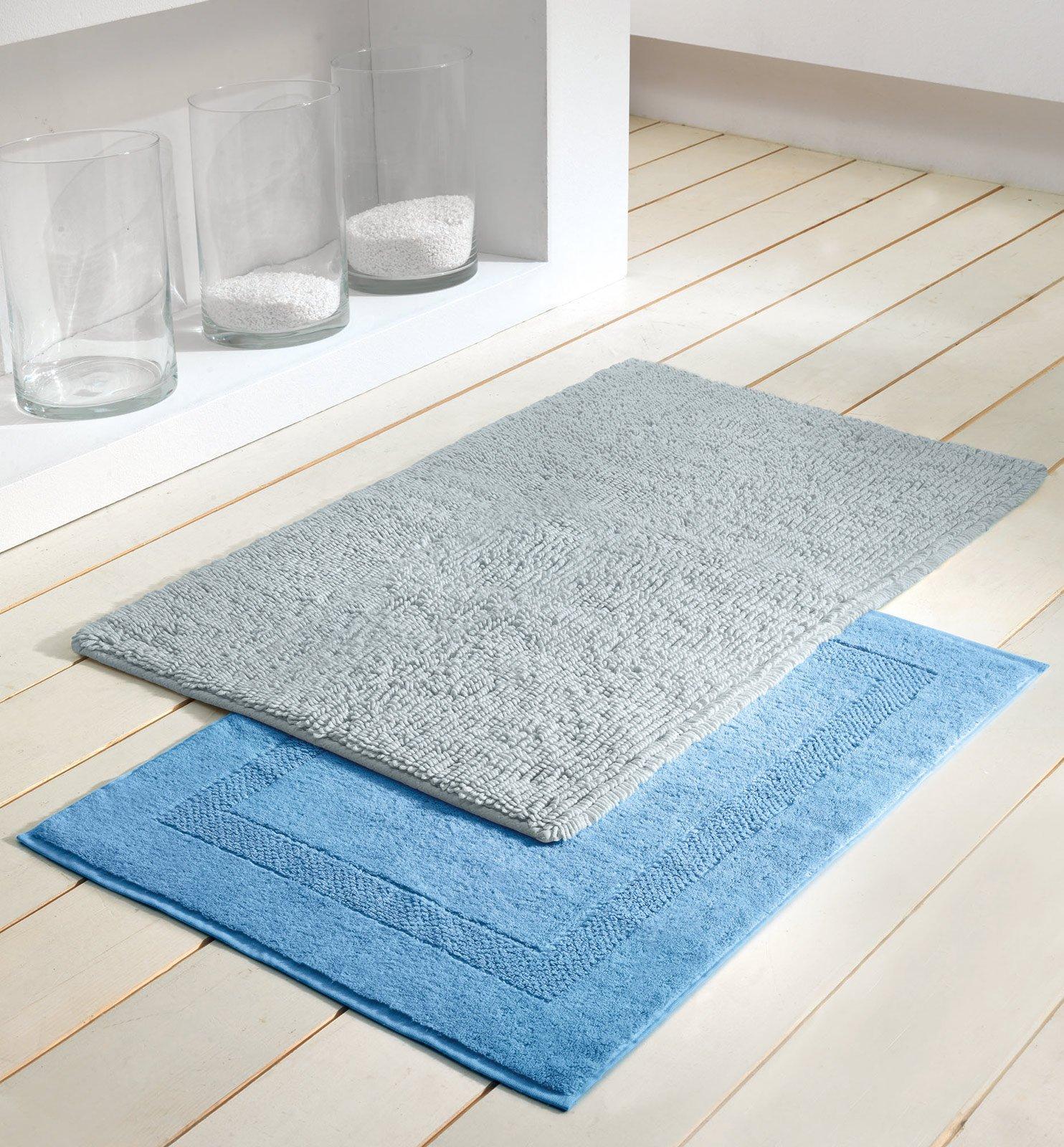 Tappeti per il bagno cose di casa - Spugna per pulire bagno ...