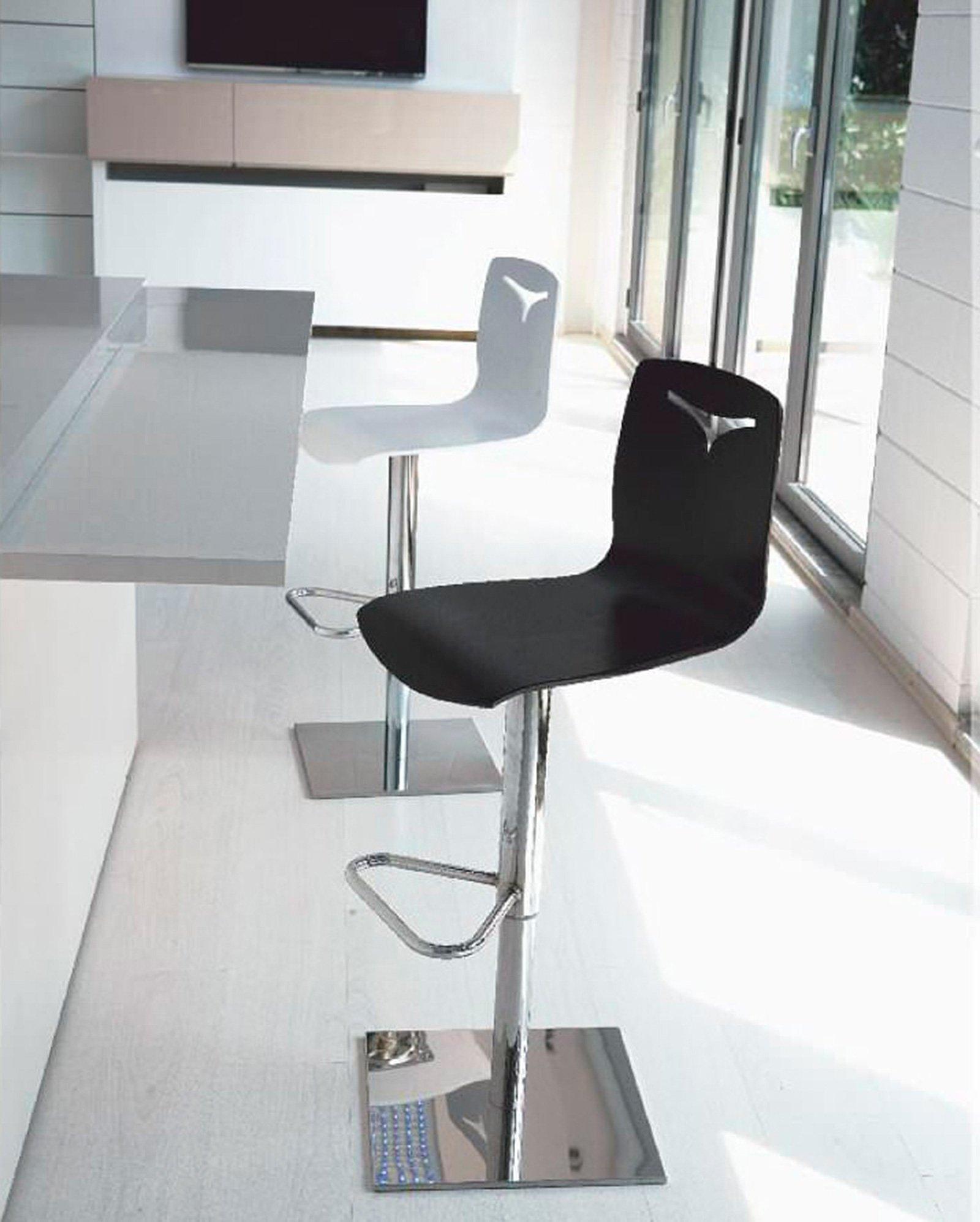 Sgabelli scegli il tuo stile cose di casa - Altezza tavolo da cucina ...