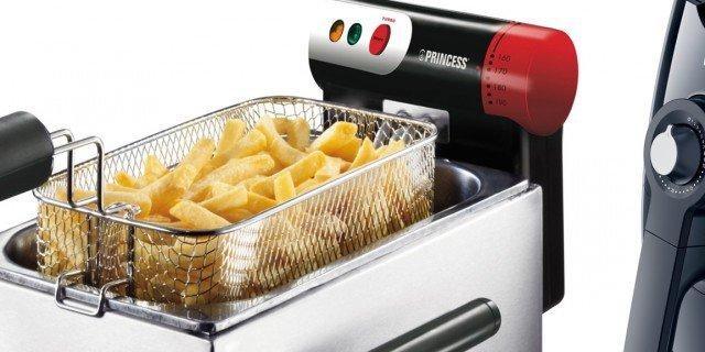 Friggitrici: cucinare senza schizzi e limitando gli odori