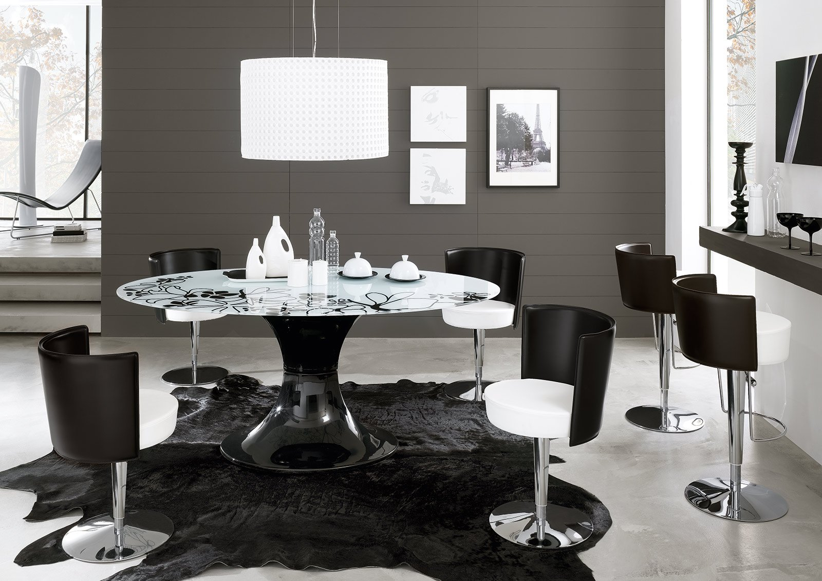 Cucine moderne bianche e nere with cucine moderne bianche for Sedie bianche e nere
